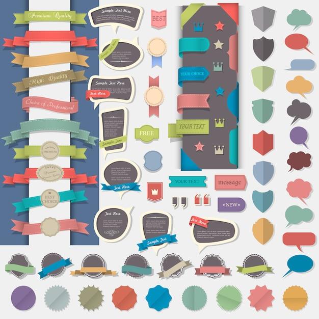Große reihe von gestaltungselementen: etiketten, bänder, abzeichen, medaillen und sprechblasen Premium Vektoren
