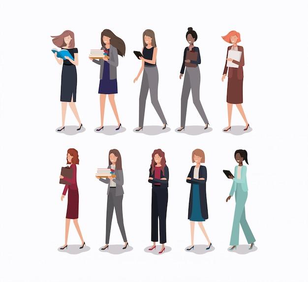 Gruppe von Geschäftsfrauen-Charakteren Premium Vektoren