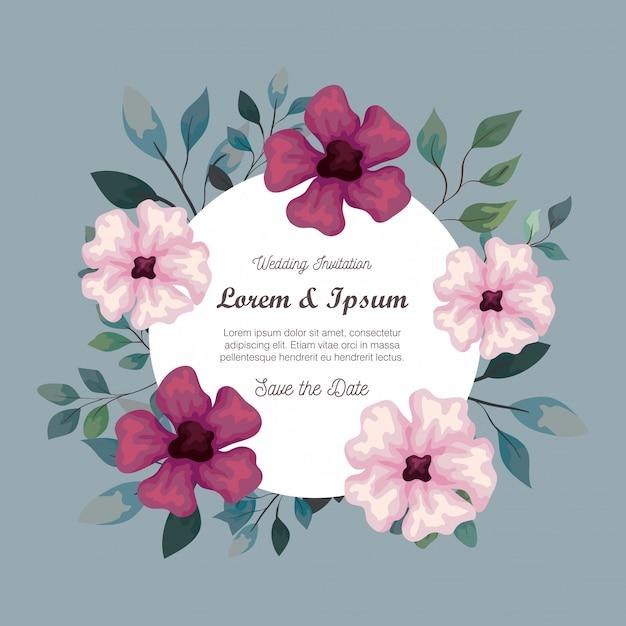 Grußkarte mit blumen lila und rosa farbe, hochzeitseinladung mit blumen lila und rosa farbe, mit zweigen und blättern dekoration Premium Vektoren