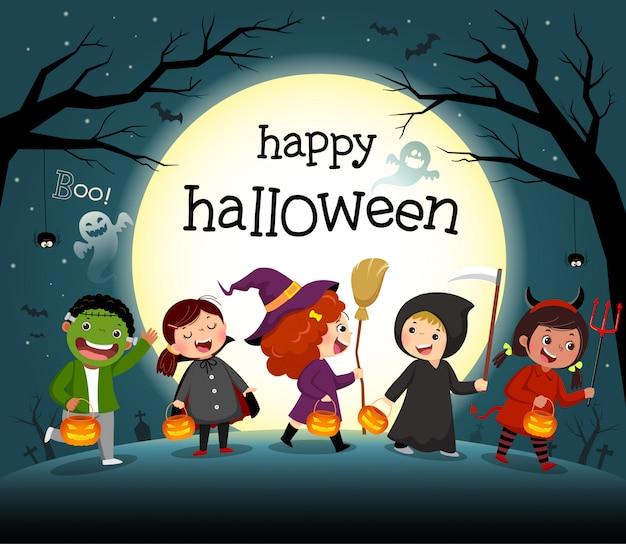 Halloween nacht hintergrund mit gruppe von kindern in kostümparty. Premium Vektoren