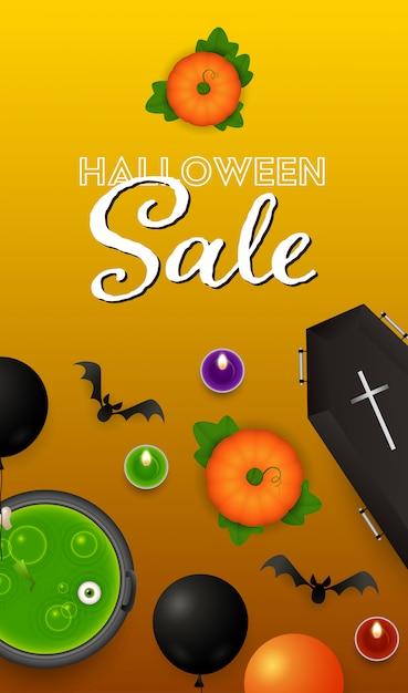 Halloween-verkaufsbeschriftung mit kerzen, kürbisen und trank Kostenlosen Vektoren