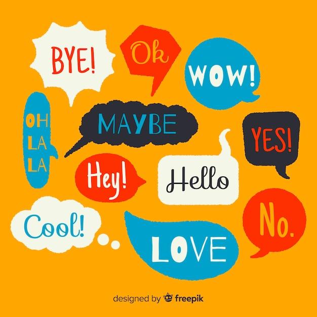 Hand gezeichnete bunte spracheblasen mit verschiedenen ausdrücken Kostenlosen Vektoren