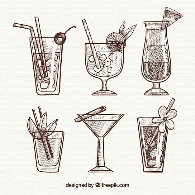 Hand gezeichnete cocktailsammlung mit flüchtiger art Kostenlosen Vektoren