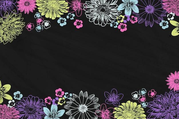 Hand gezeichnete kreideblumen und tafelhintergrund Kostenlosen Vektoren