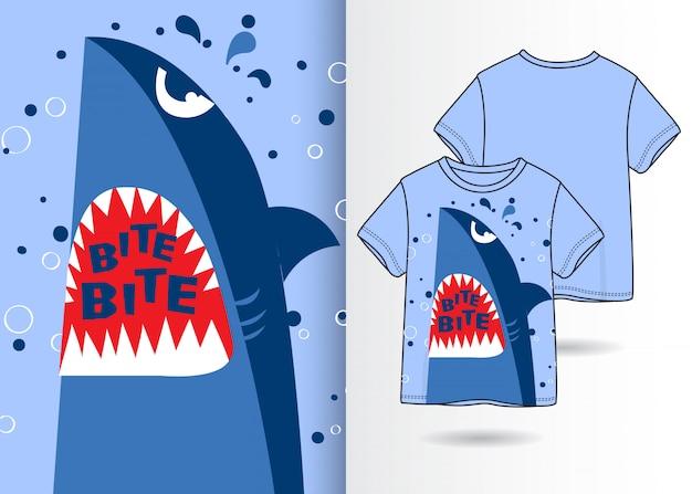 Hand gezeichnete nette haifischillustration mit t-shirt design Premium Vektoren