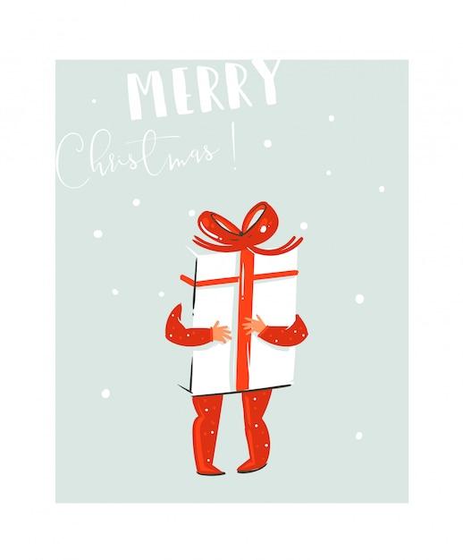 Hand gezeichnete spaß-frohe-weihnachtszeit-waschbärillustration mit babykind, das große überraschungsgeschenkbox mit roter schleife und modernem typografiezitat auf blauem hintergrund hält Premium Vektoren