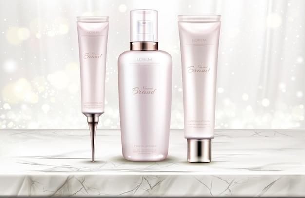 Hautpflege beauty-produktlinie auf marmortischplatte Kostenlosen Vektoren