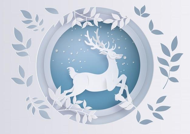 Hirsch im wald mit schnee in der wintersaison und weihnachten. Premium Vektoren