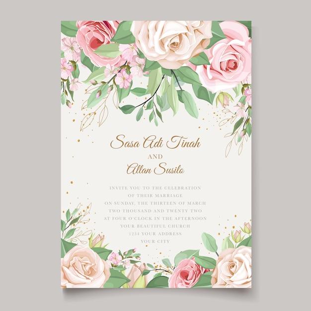Hochzeitskartenschablone mit schönem blumenkranz Kostenlosen Vektoren