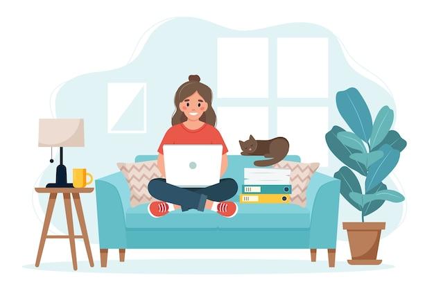 Home-office-konzept, frau, die von zu hause aus auf einem sofa sitzt Premium Vektoren