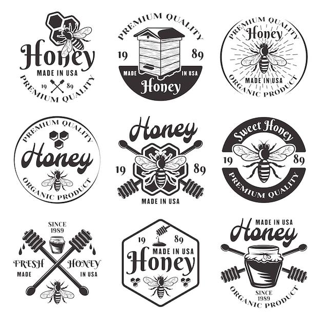 Honig und imkerset von neun schwarzen emblemen, etiketten, abzeichen und logos im weinlese auf weißem hintergrund Premium Vektoren
