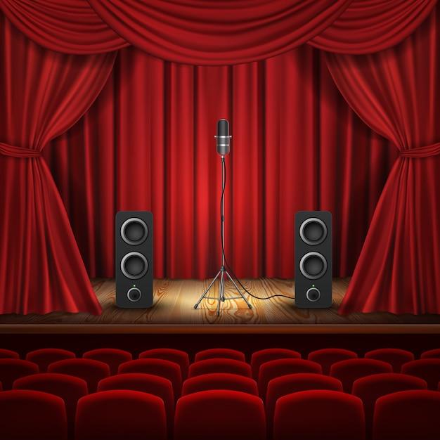 Illustration mit mikrofon und lautsprechern auf podium. halle mit roten vorhängen für die präsentation Kostenlosen Vektoren