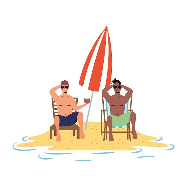 Interracial männer entspannen am strand sitzen in stühlen und regenschirm Premium Vektoren