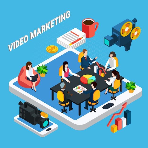 Isometrische foto-video-zusammensetzung von video-marketing-team-besprechungen und touchscreen-geräten mit professioneller videoausrüstung Kostenlosen Vektoren