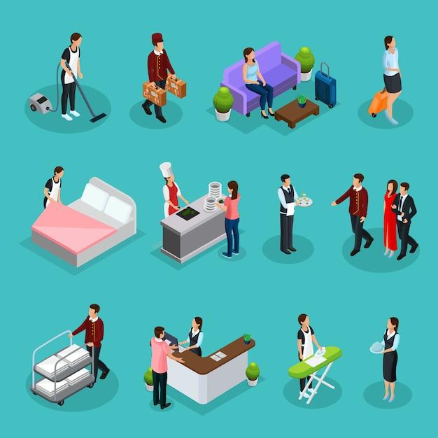 Isometrische hoteldienstleistungen mit dienstmädchen hotelpage kellner empfangsdame kunden zeichen bügeln reinraum kochen wäscheservice isoliert Kostenlosen Vektoren