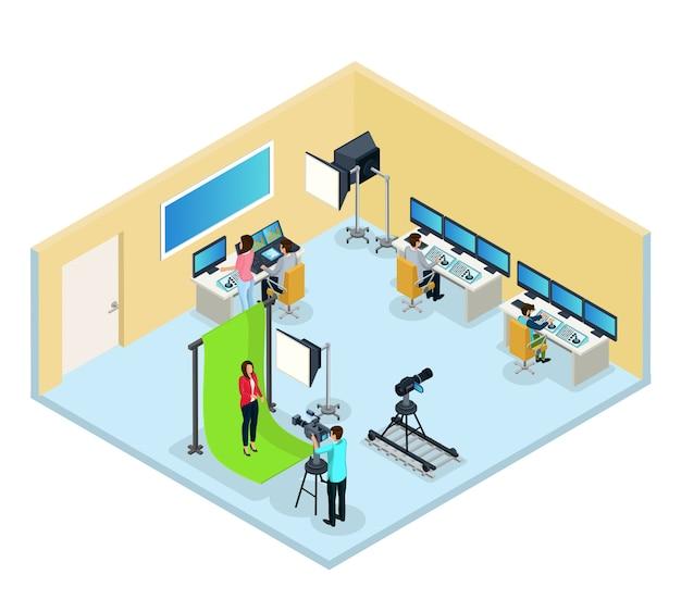 Isometrisches fernsehprogramm, das konzept mit arbeiterreporterarbeitern erstellt, die video und audio isoliert bearbeiten Kostenlosen Vektoren
