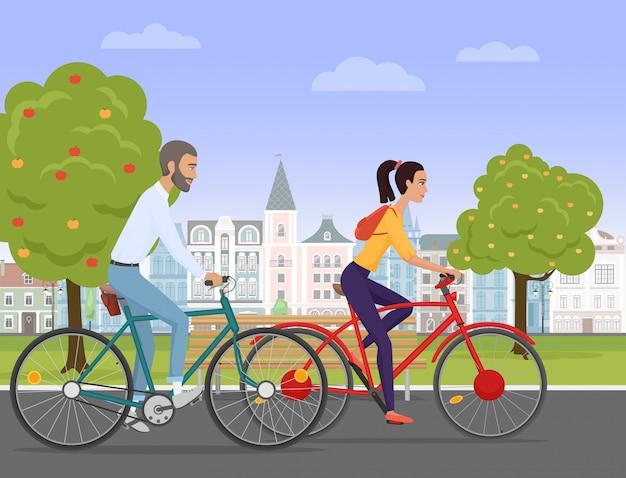 Junge paarreitfahrräder in der alten stadt Premium Vektoren