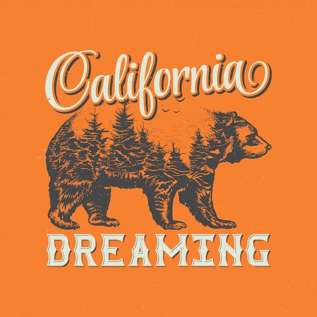 Kalifornien träumendes t-shirt-etikettendesign mit illustration der bärensilhouette. Kostenlosen Vektoren