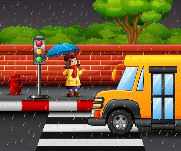 Karikatur ein tragender regenschirm des mädchens Premium Vektoren