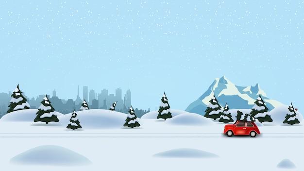 Kiefernwinterwald, schattenbildstadt, schneebedeckter berg und tragender weihnachtsbaum des roten weinleseautos Premium Vektoren