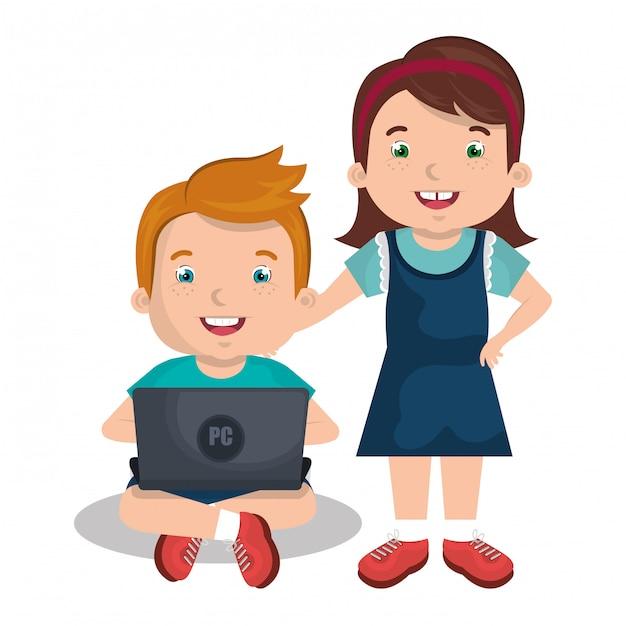 Kinder, die mit laptop aufeinander einwirken Kostenlosen Vektoren