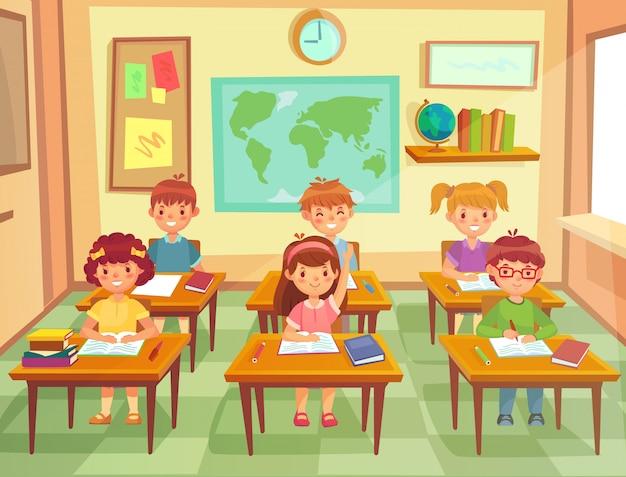 Kinder im klassenzimmer. grundschulkinder an schreibtischen im unterricht Premium Vektoren