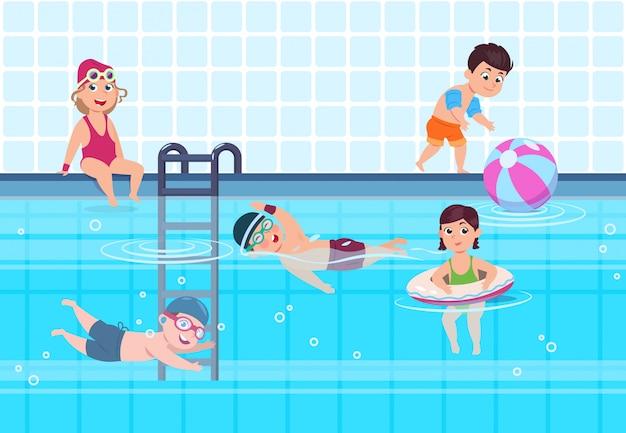 Kinder in der schwimmbadillustration. jungen und mädchen in badebekleidung spielen und schwimmen im wasser. glückliches kindheitsvektor-sommerkonzept Premium Vektoren