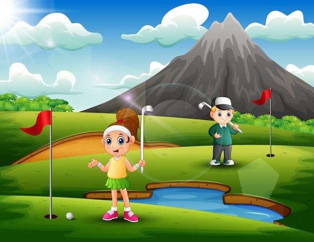 Kinder spielen golf in der schönen natur Premium Vektoren