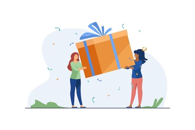 Kleine frauen, die geschenkbox halten. geschenk, band, glück flache illustration. Kostenlosen Vektoren