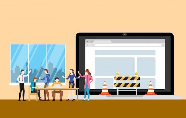 Konzept der website im bau mit den teamleuten, die an programmierungsentwicklung arbeiten Premium Vektoren