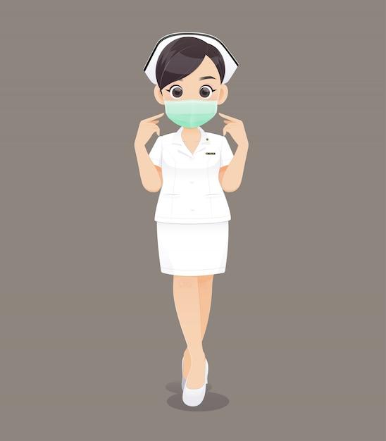 Krankenpflege trägt eine schutzmaske, cartoon ärztin oder krankenschwester in weißer uniform Premium Vektoren
