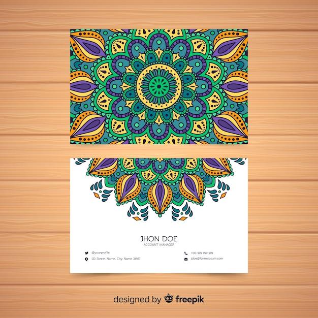 Kreative visitenkarte mit mandaladesign Kostenlosen Vektoren