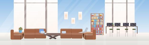 Leer keine menschen kreative zusammenarbeit zentrum zeitgenössischen arbeitsbereich mit möbeln moderne büroeinrichtung flach horizontal Premium Vektoren