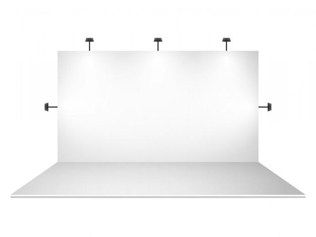 Leerer weißer messestand mit beleuchtung Premium Vektoren