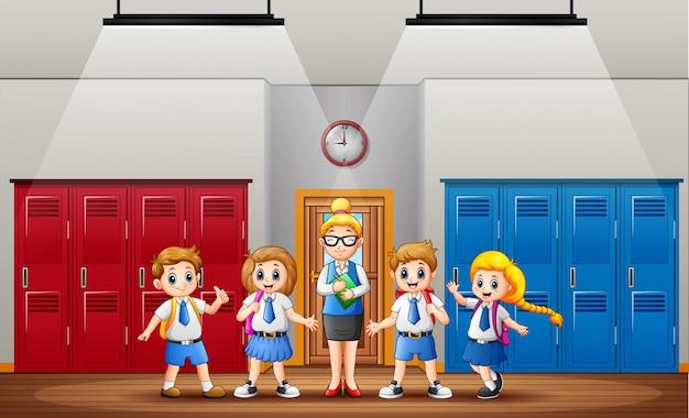 Lehrer und schüler vor der klasse Premium Vektoren