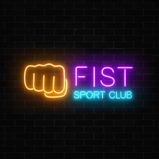 Leuchtendes neonkampf-sportclubschild auf dunklem backsteinmauer-boxclub-neonschild. Premium Vektoren