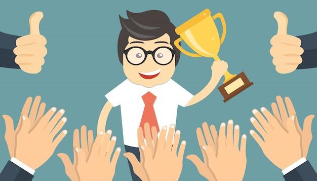 Leute, die zum erfolgreichen geschäftsmann applaudieren Kostenlosen Vektoren