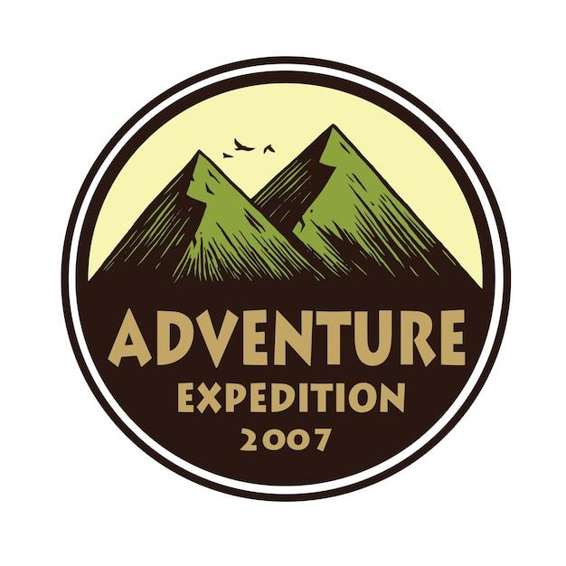 Logo für camping mountain adventure, embleme und abzeichen. lager in der waldvektor-kreis-illustrations-design-schablone Premium Vektoren