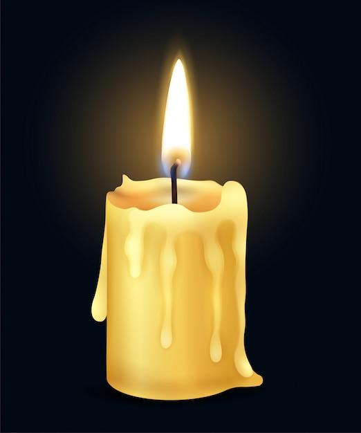 Lokalisierte gelbe realistische brennende kerzenflammenfeuer-lichtzusammensetzung in der dunklen illustration Kostenlosen Vektoren