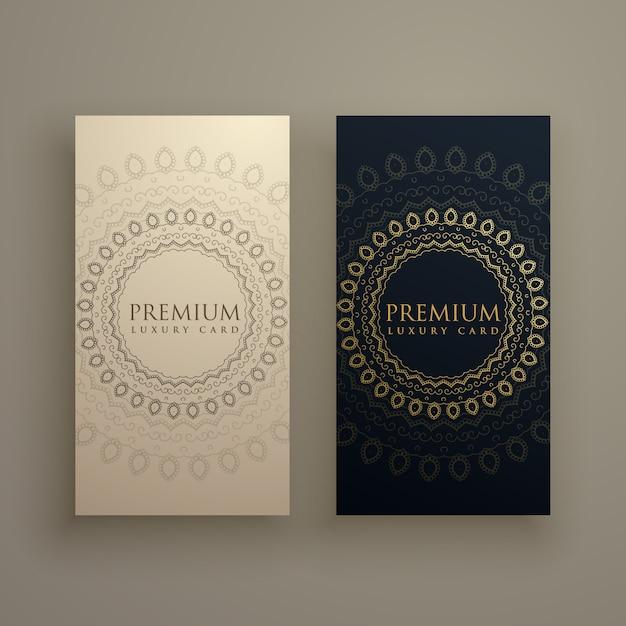 Mandala-Karte oder Banner in Premium-goldenen Stil Kostenlose Vektoren