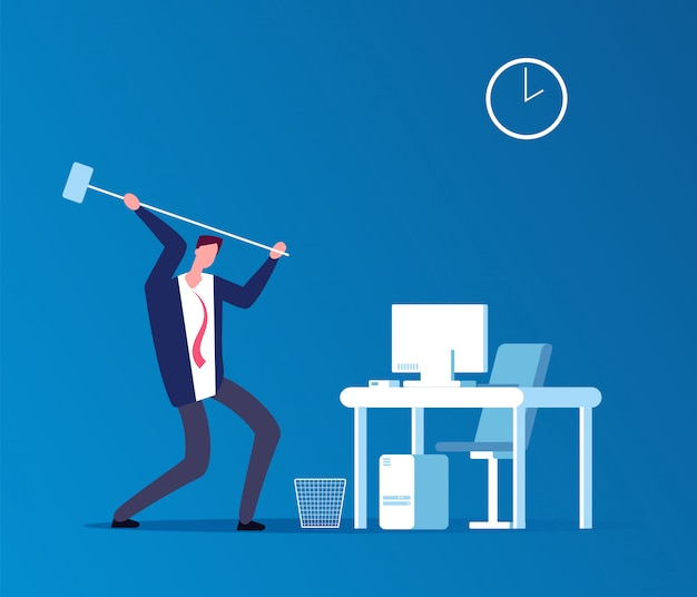 Mann stürzt computer. frustrierter verärgerter benutzer mit dem hammer, der arbeitsplatz im büro zusammenstößt. Premium Vektoren