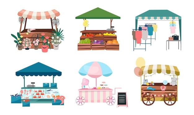 Marktstände flach s gesetzt. faire, faire handelszelte, kioske und karren im freien. street shopping orte cartoon-konzepte. sommermarktschalter für blumen, gemüse, bekleidungswaren Premium Vektoren