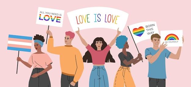 Menge junger leute, die plakate, zeichen und flaggen mit lgbt-symbolen und regenbogen halten, gruppe von schwulen, bisexuellen und lesben, aktivismus gegen diskriminierungsillustration im flachen cartoonstil. Premium Vektoren
