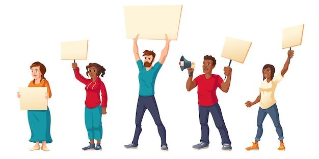 Menschen streiken, wütende männer und frauen mit plakaten protestieren gegen kundgebungsdemonstrationen. Kostenlosen Vektoren