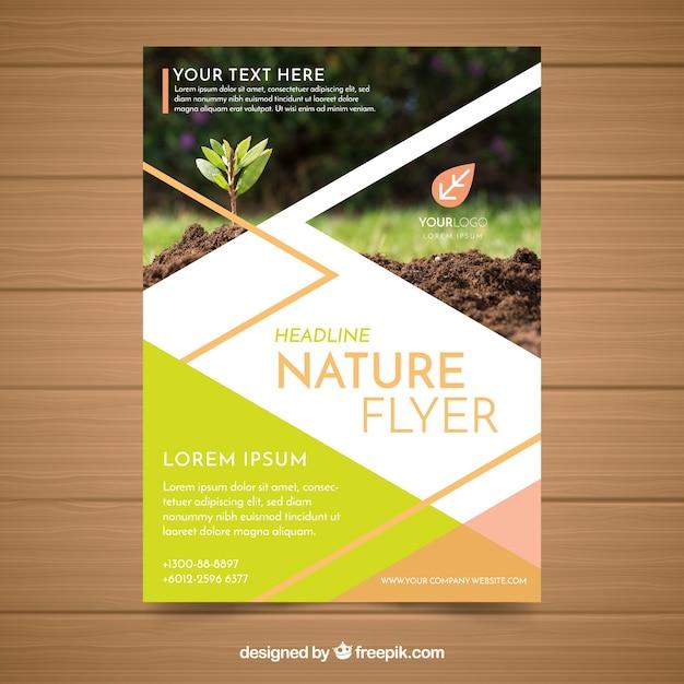 Moderne natur flyer vorlage Kostenlosen Vektoren