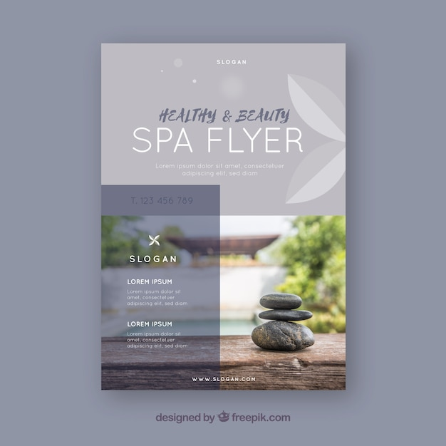 Moderne spa-flyer-vorlage mit eleganter stil Kostenlosen Vektoren