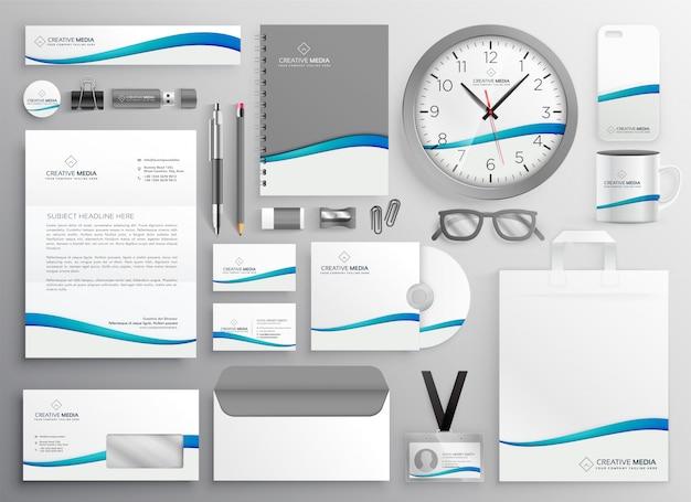Modernes sauberes geschäftsbriefpapier-bühnenbild Kostenlosen Vektoren