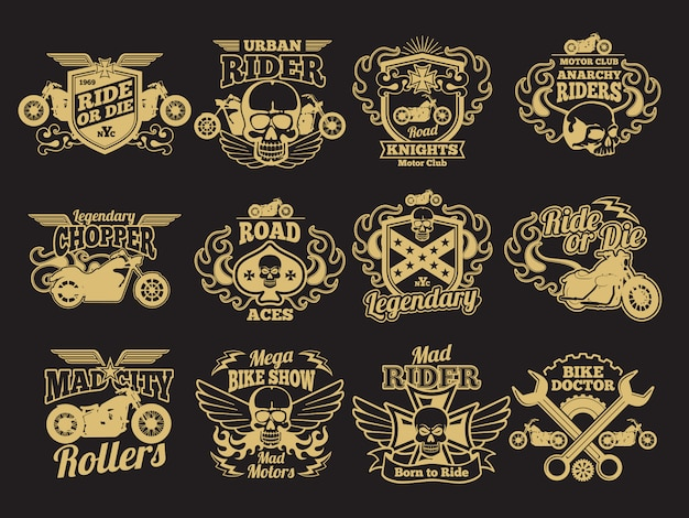 Motorradclubweinleseflecken auf schwarzem. etiketten und embleme für motorradrennen Premium Vektoren