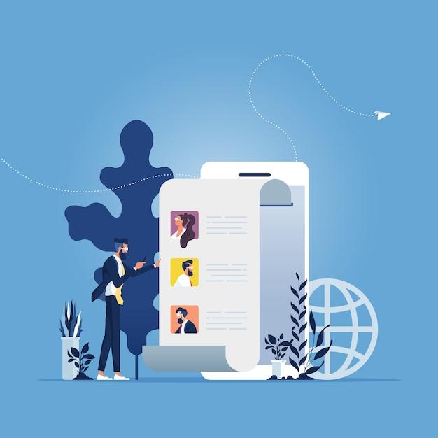 Nachrichten teilen, freunde online empfehlen. geschäftsmann, der smartphone mit kontakten auf bildschirm hält Premium Vektoren