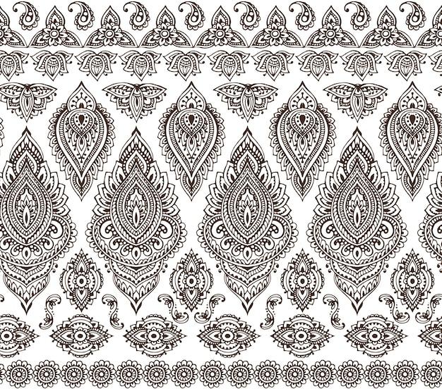 Nahtloses muster mit handgezeichneten henna mehndi blumenelementen Premium Vektoren